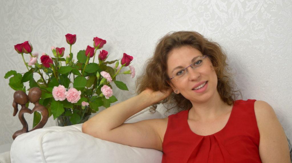 Lucie Chromá, kněžka bohyně
